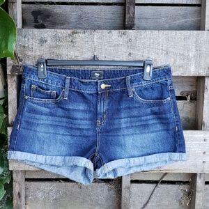 🚨NEW LIST GAP Factory Cuffed Jean Shorts Size 14
